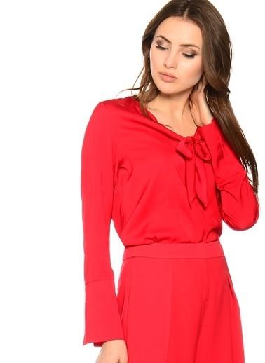 House Of Camellia Fiyonk Düğümlü Uzun Kol Bluz Kırmızı